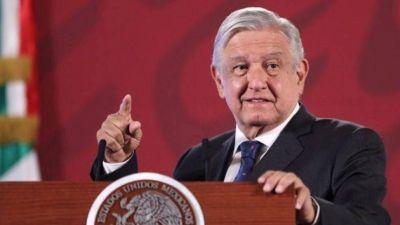 El presidente de México dijo que habló con Blackrock para que acepte una quita de la deuda argentina