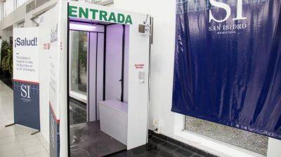 Cabinas sanitizantes en San Isidro: sólo para el personal de salud como