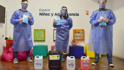 Junto a las empresas, el Municipio entrega kits de higiene y seguridad a hogares de San Martín
