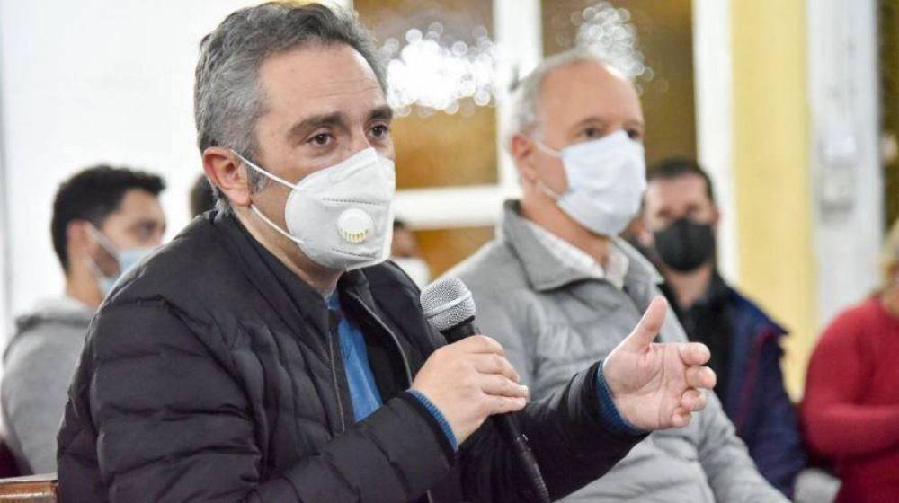 """Larroque: """"La cuarentena es el único elemento seguro para evitar el contagio"""""""