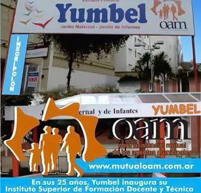 El Instituto Yumbel cierra sus puertas y deja en la calle a decenas de estudiantes en la mitad de sus carreras