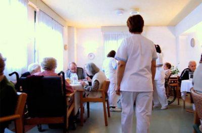 Crece la depresión de los abuelos en los geriátricos de Mar del Plata por la falta de visitas