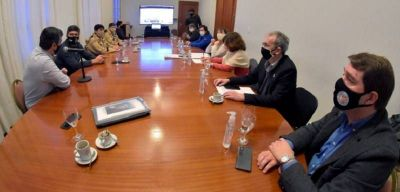 Chubut: El gobierno y el sector pesquero se reunieron para establecer nuevos lineamientos para los puertos