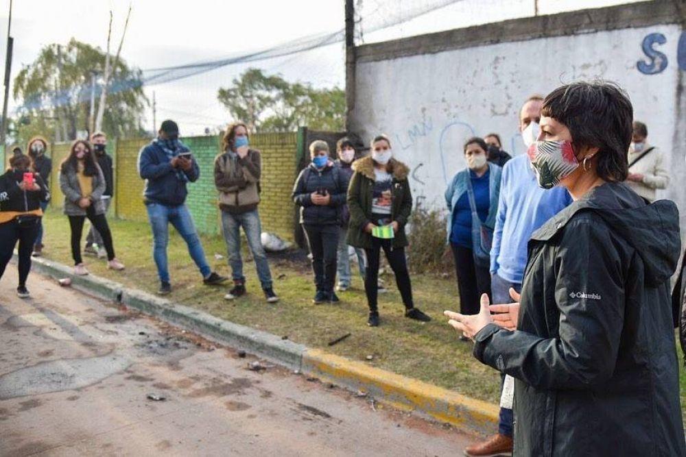 Mayra Mendoza encabezó un nuevo operativo DETeCTAR+Cuidarnos en Bernal Oeste