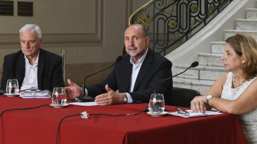 La puja entre dos grupos de salud privada de Santa Fe detrás de la renuncia del ministro de Perotti
