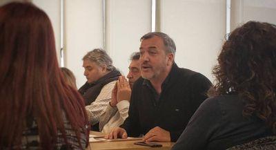 """Aguiar: """"Si no se estatiza se correrá el riesgo que vuelva otro CEO a la Rosada en 2023"""""""