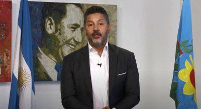 Gustavo Menéndez tomó la promesa de la Bandera a 500 alumnos de Merlo