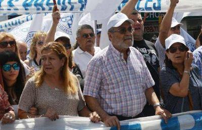 """Córdoba: La CGT rechazó el """"desdoblamiento"""" del pago del aguinaldo"""