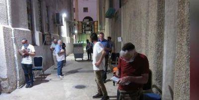 Rabinos israelíes piden que no se concurra a las sinagogas