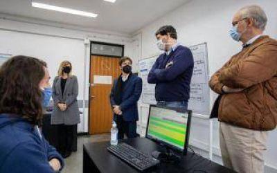 Coronavirus: Kicillof recorrió Centro de Telellamadas de la UNLP, encargado del seguimiento a contactos de pacientes