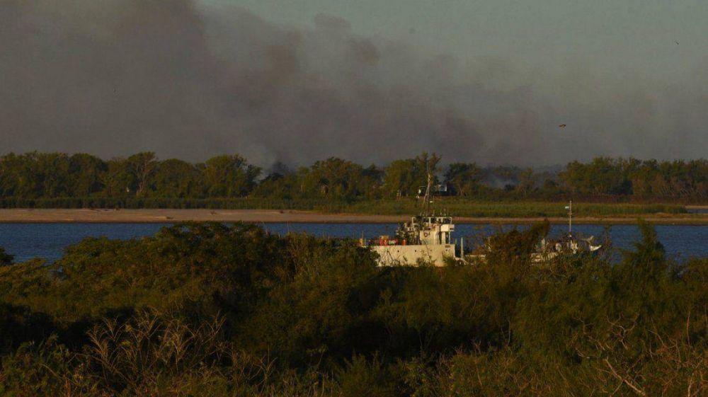 Ambientalistas demandan a empresarios por la quema de 25 mil hectárea en las islas del Paraná