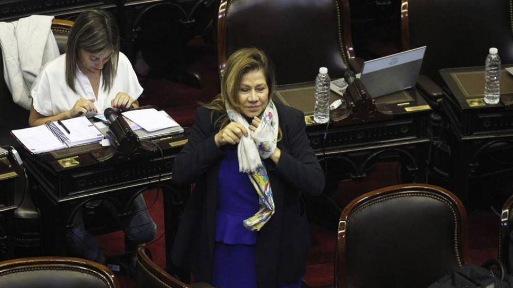 Camaño impulsa una ley para derogar el blanqueo de familiares de funcionarios que permitió Macri