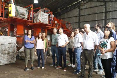 Firmarán un convenio con Nación para la compra de maquinaria para el Ecoparque