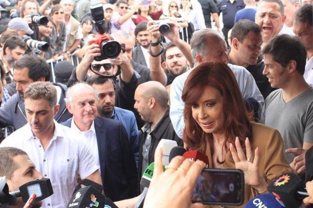 En realidad la AFI de Macri espiaba a CFK para