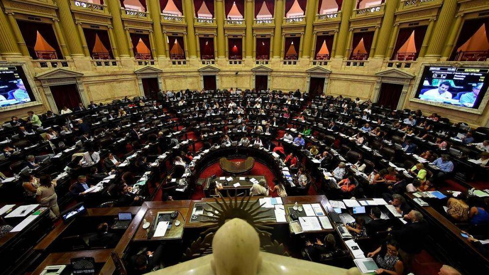 Los diputados definen la regulación del teletrabajo