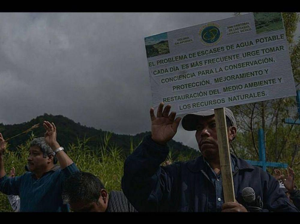 Piden en San Cristóbal revocar permiso de agua a Coca Cola