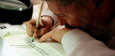 Secretos de un rabino que escribe a mano la Torá