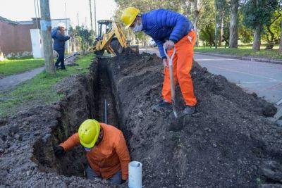 OSSE comenzó con la extensión de la red de agua que beneficiaria a más 1000 vecinos de Alto Camet