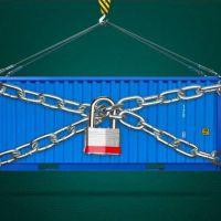 Los dólares no alcanzan y ya se insinúan nuevas restricciones para las importaciones