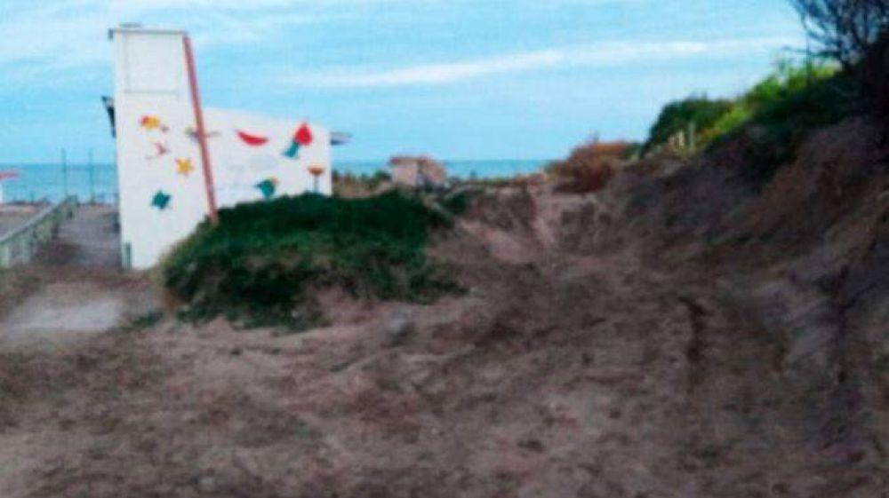 Denuncian la destrucción de médanos naturales en Playa Alfar