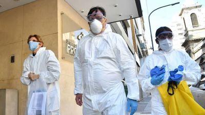 Gremios denuncian que ya son casi 4.500 los trabajadores de la salud contagiados