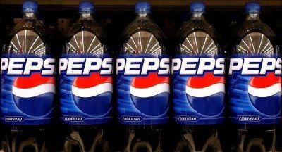 Starbucks declara un boicot publicitario a Facebook: ¿es el turno de PepsiCo?