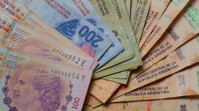 Empresas 'desregulan' el pago de aguinaldos y se cruzan con gremios