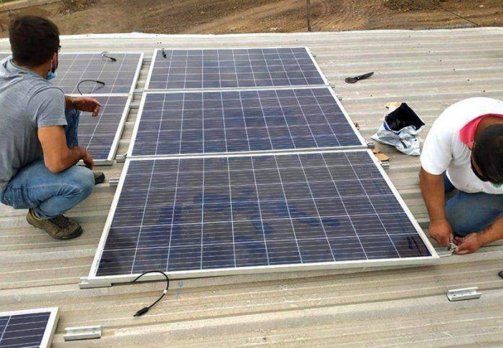 Barranqueras: instalan paneles solares en la planta Separadora de Residuos Sólidos Urbanos