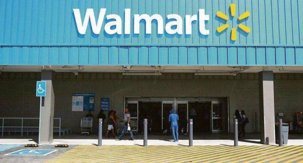 Walmart: dos positivos de Covid-19 y acusación por