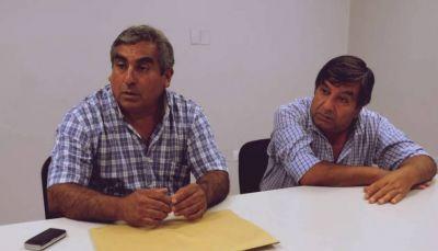 Leguizamon sigue atrincherado en la obra social y ahora quiere firmar las paritarias de los azucareros