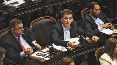 La oposición pone en agenda la pandemia económica con proyectos para Pymes, comercios y monotributistas