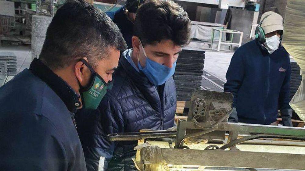 Blangino fabricará pisos con vidrio reciclado