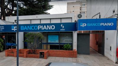 Alerta en Banco Piano: una trabajadora contagiada y la empresa avisa que mañana abrirá igual