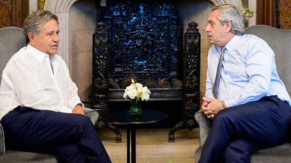 Fernández recibió a Duhalde y De Mendiguren en Olivos para hablar de