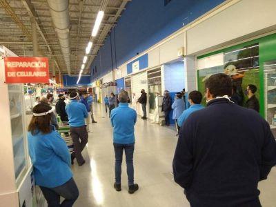 Escándalo en Walmart de La Plata: hay 3 casos de Covid19 y los trabajadores acusan a la empresa
