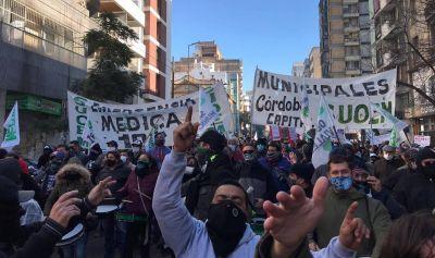 Llaryola encara un fuerte ajuste y despide 120 municipales en plena pandemia