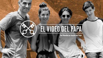 El Papa pide rezar en julio por las familias y urge a los Estados que las protejan