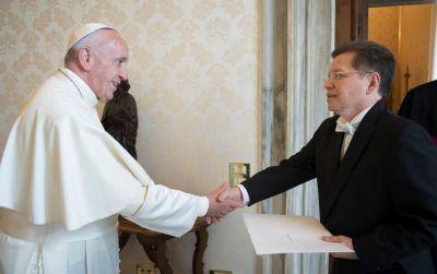 Comisión Pontificia América Latina: Julio César Caballero, nombrado jefe de oficina