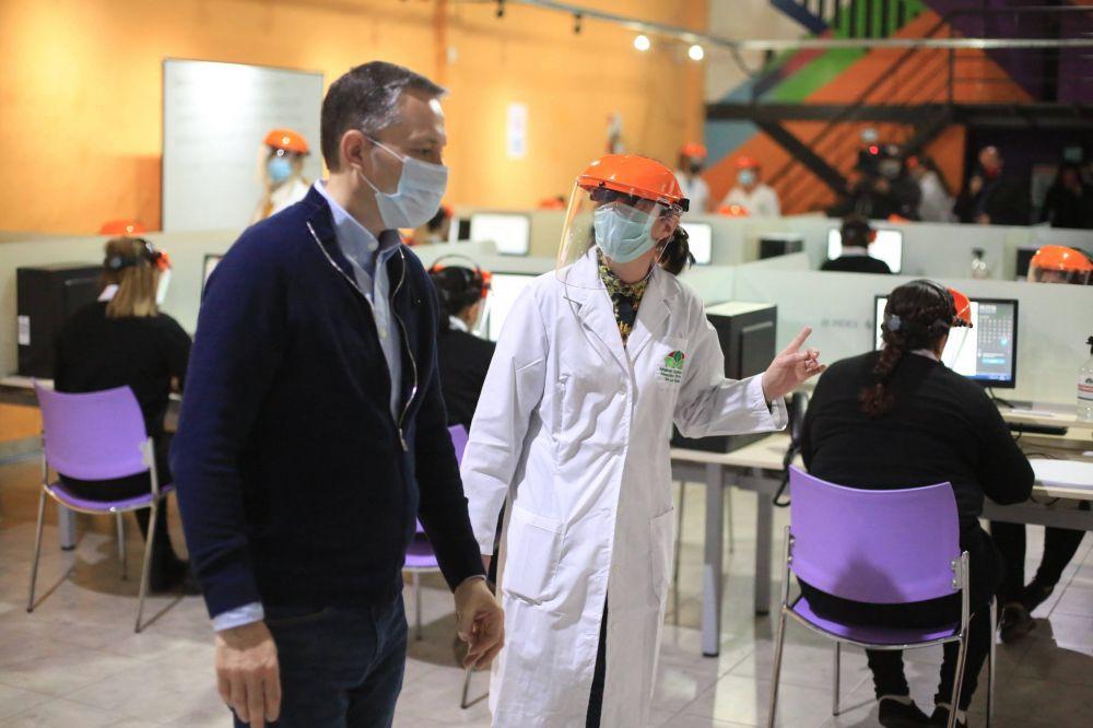 Fernando Gray en el nuevo Centro de Seguimiento de Pacientes con Covid-19 y Contactos Estrechos