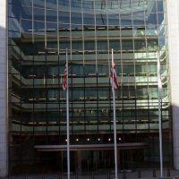 Deuda: Gobierno presenta el lunes oferta ante la SEC y extiende plazo al 28 de agosto