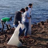 Retiran 600 kilos de basura en nuevo operativo de limpieza en el río Paraná