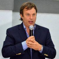 Intendente Cascallares aseguró que el odio afecta la convivencia democrática