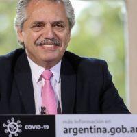 El Gobierno busca correr la agenda de la pandemia de la pelea política con la oposición