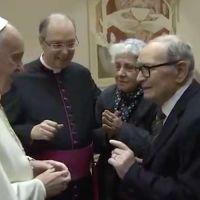 Papa Francisco llama a la viuda de Ennio Morricone, famoso compositor italiano