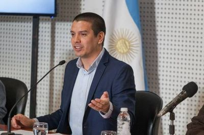 Cristian Cardozo anunció medidas preventivas en función de un nuevo período epidemiológico