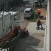 Soderos héroes: embistieron con su camión a motochorros que atacaban a una mujer