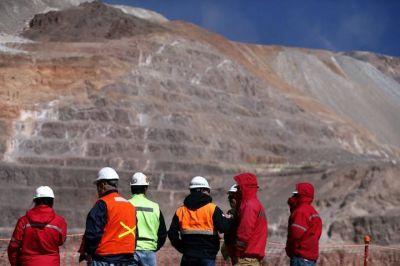 Cuarto intermedio en las negociaciones entre AOMA y empresas metalíferas