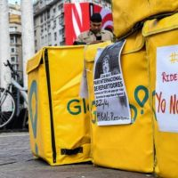 Repartidores avisan que la ley de Larreta para el sector dejará 6 mil pibes sin trabajo