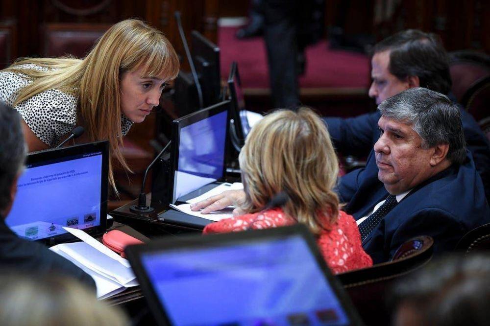 El kirchnerismo rechazó un DNU de Macri y provocó un nuevo choque con la oposición en el Congreso