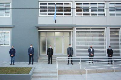 Fernando Gray inauguró el primer laboratorio municipal para realizar test de COVID-19